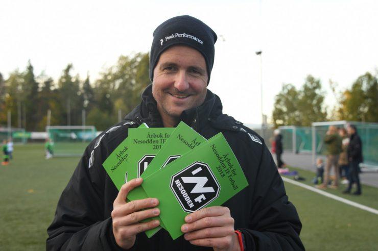 Fotballårboka 2018 er på plass