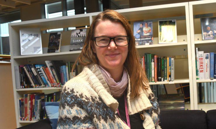 Ingrid Ousland i biblioteket
