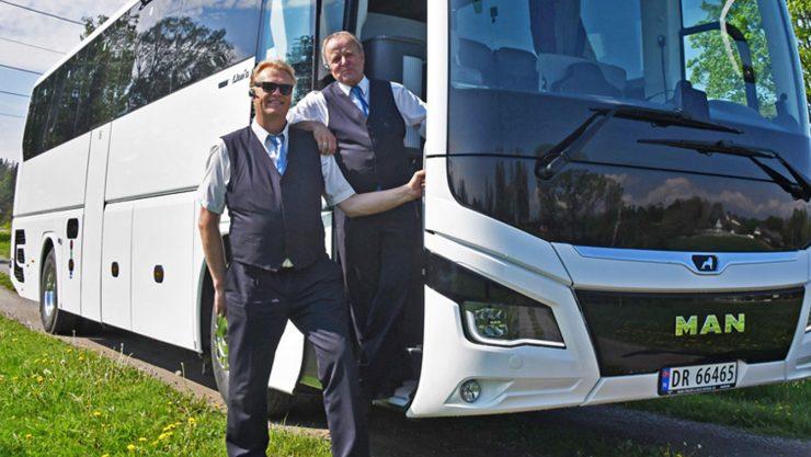 Ny buss hos Nesodden Turbuss