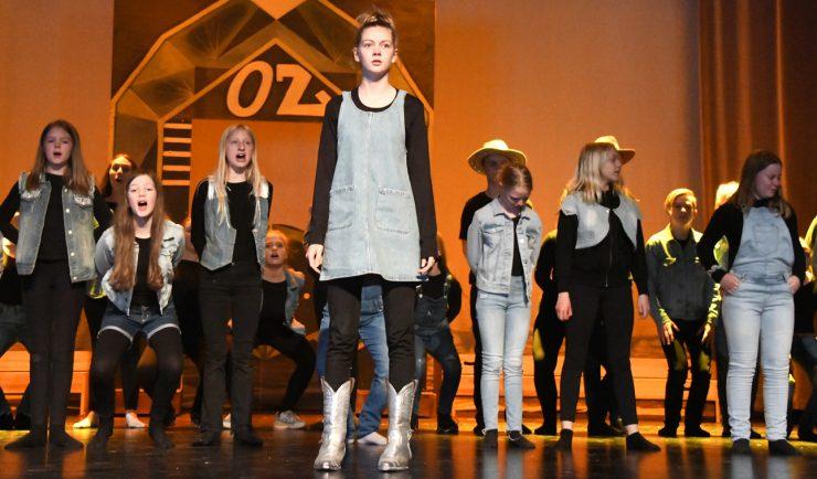 Ny «OZ» i frisk westerninnpakning