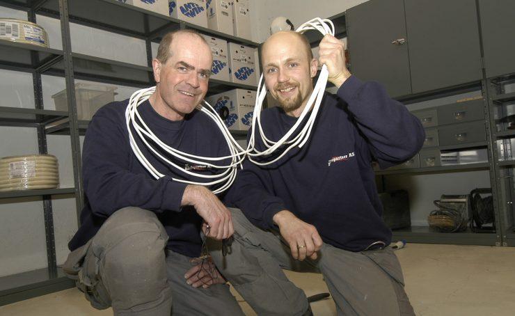 Dynamisk strømstyring i garasjer